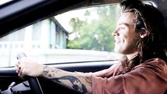 Harry styles 552253973039175788 - cute Source by Stonerina Harry Styles Gif, Harry Styles Fotos, Harry Styles Lindo, Harry Styles Mode, Harry Styles Pictures, Harry Edward Styles, Niall Horan, Zayn, Grupo One Direction