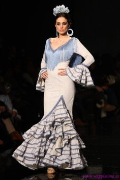 73144826b1c4 Traje de Flamenca - Nuevo-Montecarlo - SIMOF-2013. Tina Love · Flamenco  Costume