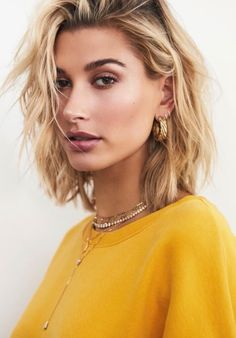 hailey baldwin best outfits - Celebrity Style and Fashion Trends Estilo Hailey Baldwin, Hailey Baldwin News, Hailey Baldwin Style, Hair Inspo, Hair Inspiration, Medium Hair Styles, Short Hair Styles, Bangs For Round Face, Grunge Hair