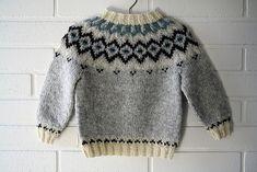 ideas for crochet baby cardigan boy fair isles Crochet Scarf Easy, Fingerless Gloves Crochet Pattern, Crochet Baby Cardigan, Knit Baby Sweaters, Baby Boy Knitting Patterns, Knitting For Kids, Knit Patterns, Ravelry, Ropa Free People