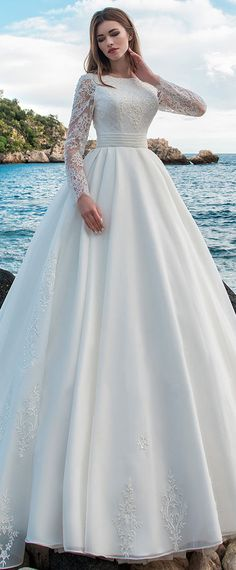 NEW! Modest Lace & Organza Jewel Neckline A-line Wedding Dress With Beaded Lace Appliques & Bowknots