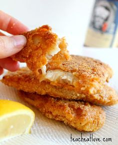 Bill's Pan Fried Beer Battered Fish by Teach Eat Love Pan Fried Fish, Fried Fish Recipes, Tilapia Recipes, Seafood Recipes, Cooking Recipes, Fish Breading, Great Recipes, Favorite Recipes, Beer Battered Fish