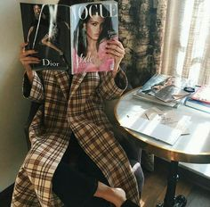 *Buys Vogue instead of dinner because we feel it feeds us more* < Edgy Style, Mode Style, Style Me, Style Hair, Love Fashion, Fashion Outfits, Fashion Trends, Oui Oui, Fashion Stylist