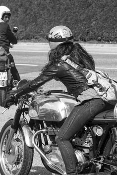 Southsiders: The Wheels and Waves Spanish Trail #lifestyle #motorcycles #motos | caferacerpasion.com