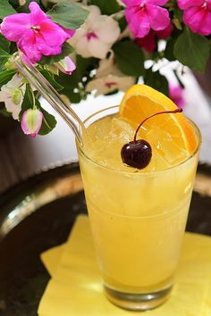 Black Eyed Susan Cocktail for the Preakness from @creativculinary