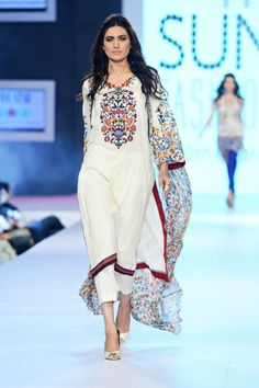 Five Star Textile Collection 2014 7th PFDC Sunsilk Fashion Week 2014 features Five Star Textile ...