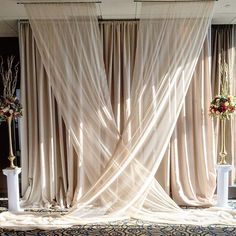 Custom Ceremony backdrop and Ivory Custom Ceremony Hintergrund un Hanging Flowers Wedding, Wedding Draping, Indoor Wedding Ceremonies, Wedding Altars, Wedding Ceremony Decorations, Wedding Cake Backdrop, Tulle Backdrop, Wedding Aisles, Wedding Backdrops