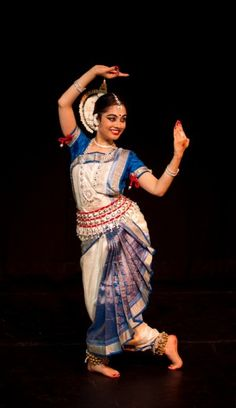 """ Looking in the mirror after her 'shringar' [i.e. makeup] "" Odissi"
