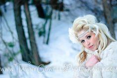 Winter wonderland photo shoot Www.tawnycowellphotography.com