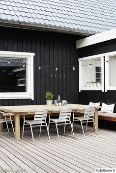 1000 Ideas About Black Exterior On Pinterest Exterior