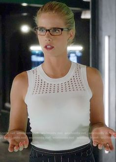 Felicity's white knit top and pinstriped skirt on Arrow.  Outfit Details: https://wornontv.net/61317/ #Arrow