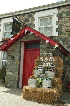 Wedding – Niamh & Eoghan – Jacks Coastguard Restaurant, Cromane Dance Sing, Songs To Sing, Newly Married, Our Wedding, Restaurant, Weddings, Create, Party, Fun