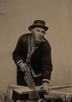 The affordability of the tintype photo process allowed everyday carpenters and masons to have their portraits taken with their trusty saws and spades. Portrait Studio, Rare Historical Photos, Les Artisans, Tintype Photos, Different Types Of Wood, Photo Processing, Learn Woodworking, Woodworking Images, Framed Prints