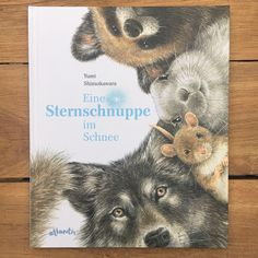 Eine Sternschnuppe im Schnee (Rezension) When the mouse discovers a shooting star in the night sky, she wishes to play again soon with her friend, the mole. Winter Kids, Winter Christmas, Ciel Nocturne, The Mole, Winter Illustration, Falling Stars, Winter Pictures, Winter Trees, Winter Colors