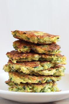 Healthy Summer Dinner Recipes, Fritters, Salmon Burgers, Vegetable Recipes, Keto Recipes, Food And Drink, Favorite Recipes, Nutrition, Cooking