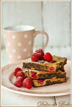 http://www.dulce-de-leche.eu/2014/07/cokoladovo-malinove-cheesecake-brownies.html?spref=fb&m=1