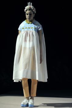 Maddalena Annunziata SHOW 2012 . FASHION DEPARTMENT ROYAL ACADEMY OF FINE ARTS ARTESIS HOGESCHOOL ANTWERPEN