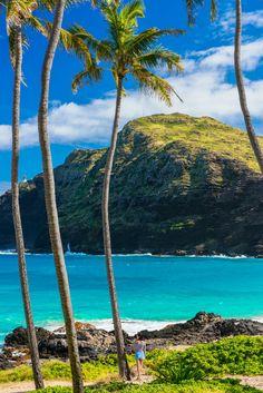 Exclusive Tropical Honeymoon Destinations ★ See more: www.weddingforwar… Exclusive Tropical Honeymoon Destinations ★ See more: www. Hawaii Vacation, Hawaii Travel, Beach Trip, Dream Vacations, Vacation Spots, Aloha Hawaii, Hawaii Beach, Mexico Travel, Spain Travel