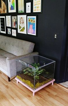 Terrarium side table diy - could also make an awesome display case for figurines and other nerdy stuff!