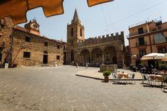 Castelbouno - malé mastečko vo vnútrozemí Travel, Viajes, Destinations, Traveling, Trips
