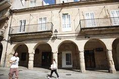 fachada hogar del transeúnte plaza do trigo