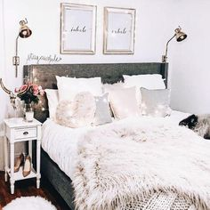 Vintage Bedroom Beautiful Warm Thick Handmade Knitted Blanket - Our beautiful handmade knitted blanket was made to keep you cozy and warm even on the coldest of days. Available in multiple colors and sizes. Cute Bedroom Ideas, Girl Bedroom Designs, Girls Bedroom, Bedroom Inspiration, Girl Room, Bedroom Inspo, Design Bedroom, Comfy Bedroom, Home Decor Bedroom