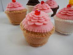 cheriesparetime: Felt Cupcake Pattern