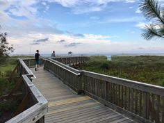 Day 344: Joni's Beautiful Things Challenge: Boardwalks on Hilton Head Island. The public beaches of Hilton Head Island are well-maintained and have beautiful boardwalks leading to them. There's free parking for some of the beaches (Coligny, Fish Haul, and Mitchelville) and metered for the others, restrooms, showers, playgrounds, and parks. #jonisbeautifulthingschallenge #HiltonHead #SC #USA #boardwalk #beach