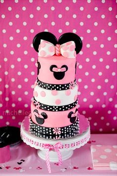 minnie mouse | Espectacular la tarta para este cumpleaños de Minnie Mouse!