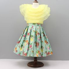Pre Order: Yellow Crop Top With Light Green Floral Print Skirt Girls Frock Design, Kids Frocks Design, Baby Frocks Designs, Baby Dress Design, Baby Girl Party Dresses, Dresses Kids Girl, Kids Outfits Girls, Kids Dress Wear, Kids Gown