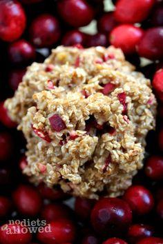 Healthy Oatmeal Breakfast Cookies http://www.nodietsallowed.com/healthy-oatmeal-breakfast-cookies/