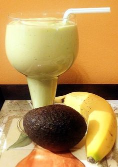 Avocado Banana Smoothie Ingredients:        1 Medium Avocado, peeled      ½ Cup Greek yogurt      1 medium Banana      1 Cup unsweetened Original Almond Milk      1 tsp Vanilla extract      3 Tbs Honey      6 Ice Cubes
