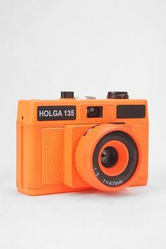 i don't shoot film anymore, but if i did i'd totally own this holga 35mm camera.