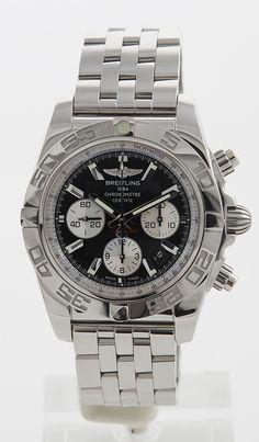 "Breitling Chronomat 44 - men luxury watch chronograph - Montredo Online Shop - worn in ""Seinfeld"""