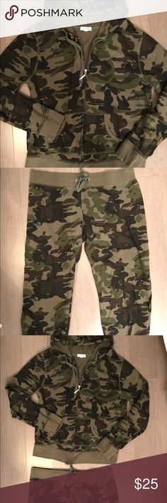 ✨Camo Jacket and Sweatpants Capris✨ Camo jacket and sweatpants capris size medium. Comes from a smoke pet free home. Forever 21 Jackets & Coats