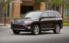 [Description]  	Toyota has confirmed that the 2014 Toyota Highlander will debut at the New York Auto Show later this month!
