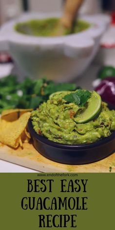 The secret to the best guacamole is getting the most out of your fresh ingredients. #bestguacamole #guacamole #mexican #dip #avocado #healthy Guacamole Recipe Easy, How To Make Guacamole, Few Ingredients, Avocado Uses, Mashed Avocado, Best Appetizer Recipes, Great Appetizers