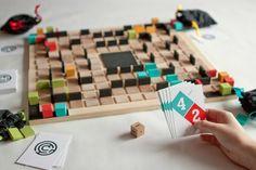 Circumstance Branding, board game, graphic design www.brittanyalbertson.com