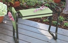 GARDEN KNEELER/BENCH from Tuesday Morning $19.99