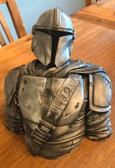 Mandalorian sculpt designed by David Eastman, print and post process by Christian Mendez.  #toysandgames #prusai3