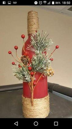 Christmas wine bottle decor by on Etsy Wine Bottle Art, Painted Wine Bottles, Wine Bottle Crafts, Glass Bottles, Holiday Crafts, Christmas Crafts, Christmas Wine Bottles, Wine Craft, Diy Weihnachten