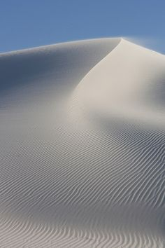 White Sands, New Mexico. Peyton & Cade loved sliding down the sand in their snow sleds. The sand is never hot like sand at the beach! Beautiful World, Beautiful Places, White Sands National Monument, New Mexico Usa, Desert Dream, Sand Art, The Dunes, Back To Nature, Landscape Photos