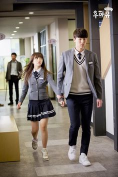school 2015 who are you korean drama Ulzzang Couple, Ulzzang Girl, Korean Actresses, Korean Actors, Korean Dramas, Who Are You School 2015, K Drama, School Uniform Outfits, Chines Drama