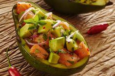 O ácido oleico (a mesma gordura boa do azeite de oliva), presente em grande quantidade no abacate, sacia e adia a fome!