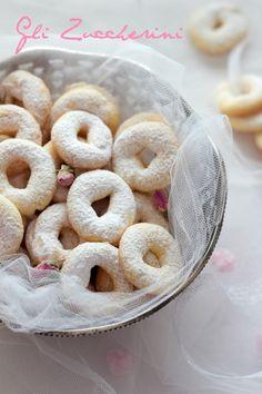 Andante con gusto: Gli Zuccherini Bolognesi: a cosa servono le sorelle?