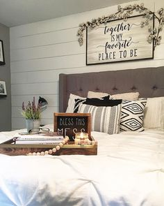 Best Beautiful Farmhouse Home Decor Collections: 75 Best Ideas http://goodsgn.com/design-decorating/beautiful-farmhouse-home-decor-collections-75-best-ideas/