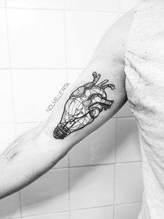 By: Nouvelle Rita | Tattoo | LineArt | It is my hope/dream to someday be able o go to Lisbon and be tattooed by this artist.