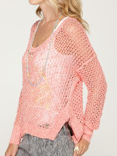 Hi Low hem sweaters like the ROXY Rochester sweater are so versatile. perfect for layering from hot to cold