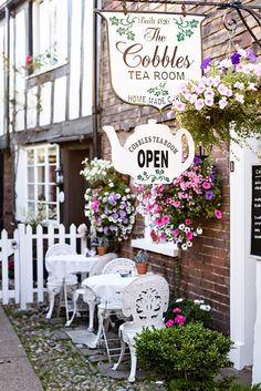 The picture perfect streets of Rye, England. The Cobbles Tea room.