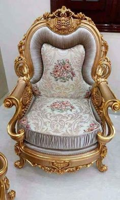 Chiniot Furniture Chairs Design in Pakistan Royal Furniture, Bedroom Furniture Design, Victorian Furniture, Unique Furniture, Home Decor Furniture, Luxury Furniture, Furniture Chairs, Car Interior Upholstery, Fancy Living Rooms